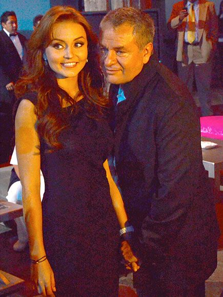 Angelique Boyer and Jose Alberto Castro: Corona de Lagrimas presentation