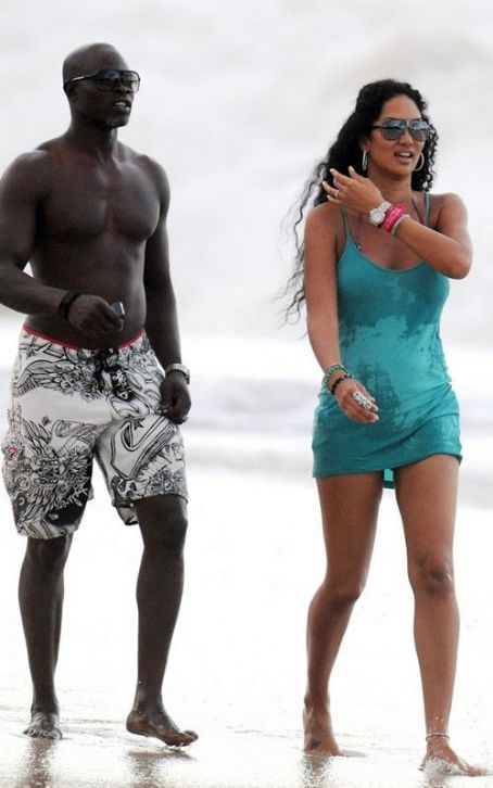Kimora Lee Simmons: St. Barts Beach Babe
