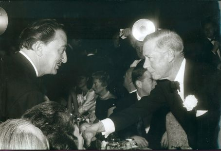 Salvador Dalí Salvador Dali with the Duke of Windsor