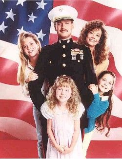 Gerald McRaney  & Major Dad Cast