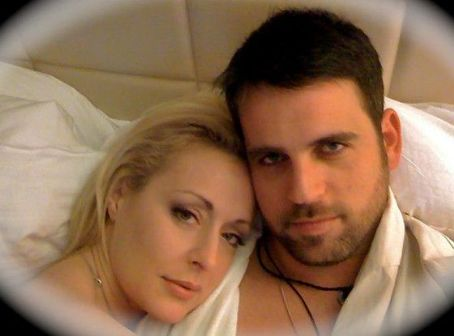 Mindy McCready Boyfriend's Death: Suicide by Gunshot