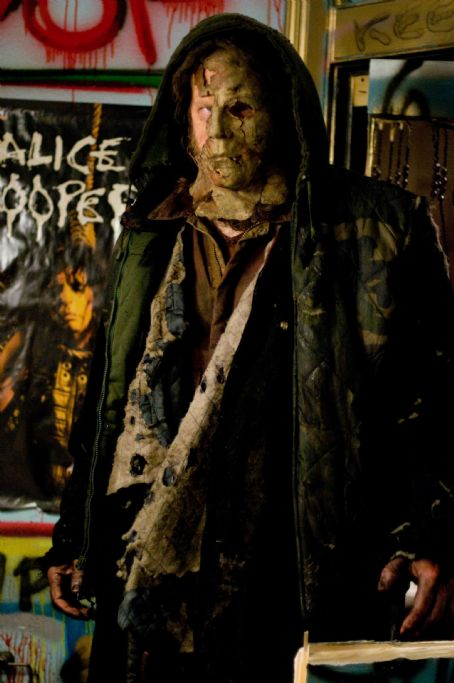 Tyler Mane  is Michael Myers in Rob Zombie's H2. Photo by: Marsha LaMarca/Dimension Films, 2009
