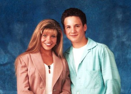 Ben Savage, Danielle Fishel Reprising Boy Meets World Roles in Disney Channel Spinoff Girl Meets World