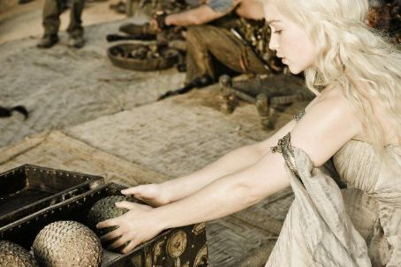 Emilia Clarke Game of Thrones (2011)