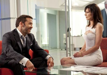 Jeremy Piven and Perrey Reeves