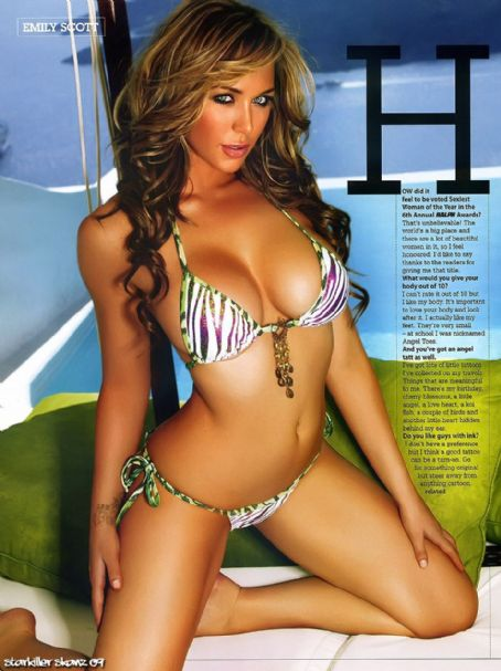 Emily Scott  Ralph Magazine June 2009 Pictorial Photo - Australia