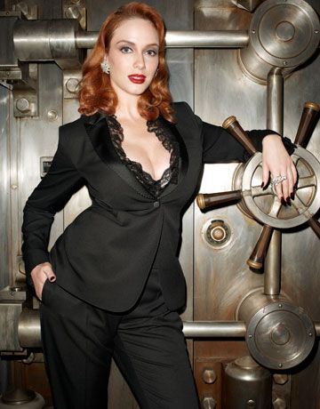 Christina Hendricks - Harper's Bazaar Magazine [United States] (November 2010)