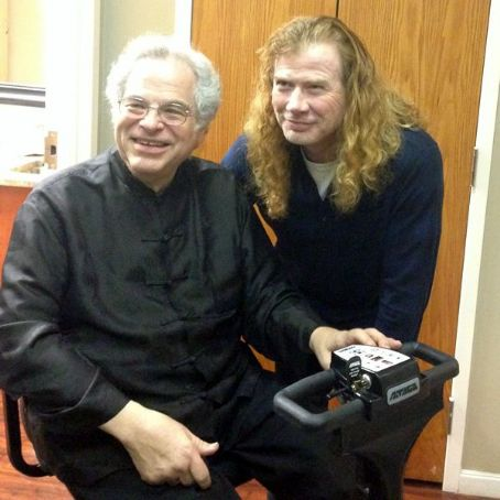 Itzhak Perlman Dave Mustaine met with legendary violinist, , and watched him perform at the San Diego Symphony on Sunday, January 12, 2014.