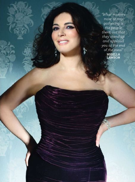 Nigella Lawson Good Housekeeping Magazine Pictorial November 2010 United Kingdom