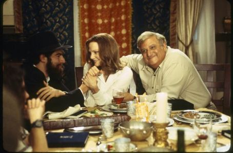 Max Greenfield  as Ethan Stuckman, Lesley Ann Warren as Peggy Stuckman and Michael Lerner as Ira Stuckman
