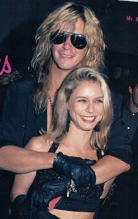 Duff McKagan and Amanda Mandy Brixx Duff McKagan and Mandy Brixx