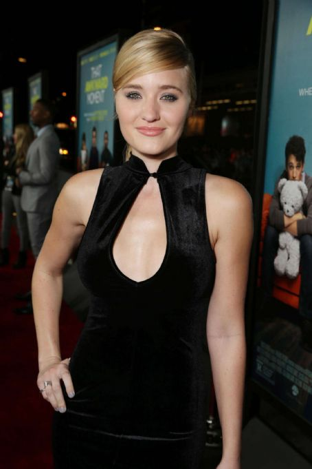 Amanda Michalka Amanda Aj Michalka That Awkward Moment Premiere In Los Angeles
