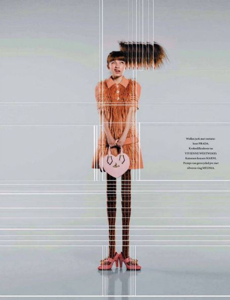 Tavi Gevinson  L'Officiel Netherlands October 2011