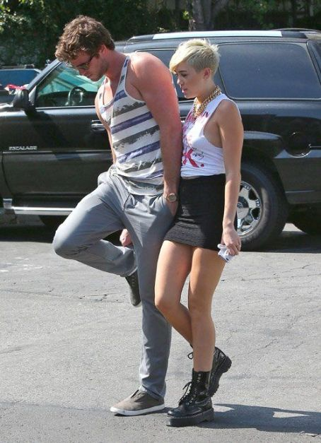 Miley Cyrus and Liam Hemsworth spotted shopping in Studio City, CA (September 11)