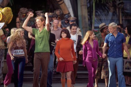 Matthew Lillard as Shaggy,  Linda Cardellini as Velma, Sarah Michelle Gellar as Daphne, Freddie Prinze Jr. as Fred in Warner Brothers' Scooby Doo - 2002