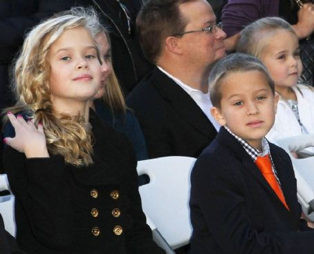 Ava Phillippe  and Deacon Phillippe
