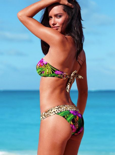 Adriana Lima - Vs Swim