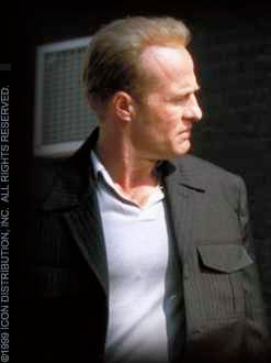 Gregg Henry  in Payback