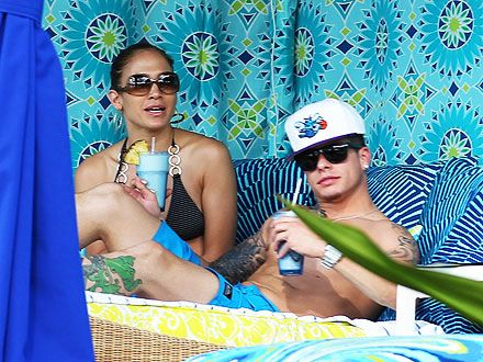 Jennifer Lopez and Casper Smart's Tropical Thanksgiving