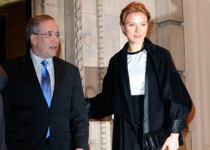 Scarlett Johansson Hosts Fundraiser for Scott Stringer