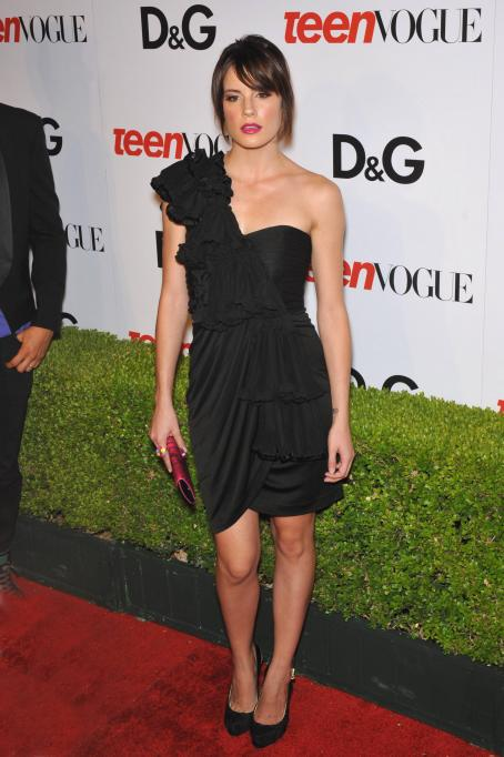 Chelsea Hobbs  - 7 Annual Teen Vogue Young Hollywood Party At MILK Studios On September 25, 2009 In Los Angeles, California