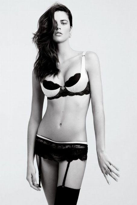 Zoe Duchesne - Black and White Lingerie Photoshoot