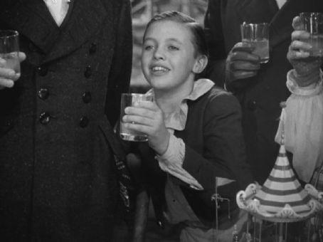 A Christmas Carol (1938) Cast and Crew, Trivia, Quotes, Photos, News ...