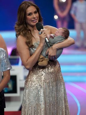 Galilea Montijo Presents Son Mateo on TV
