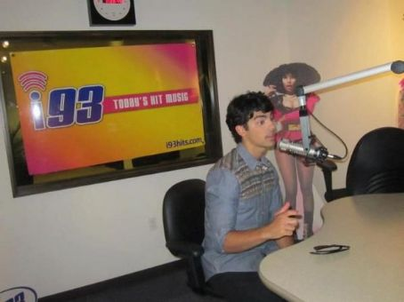 Joe Jonas - Joe Jona - i93.FM Radio Interview