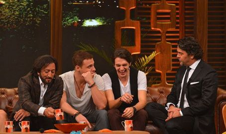 Fettah Can Beyaz Show - 11 October 2013
