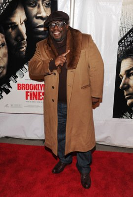 Cedric the Entertainer - Brooklyn's Finest (2009)