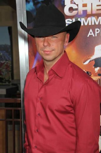 Kenny Chesney Calls For World To Help Nashville