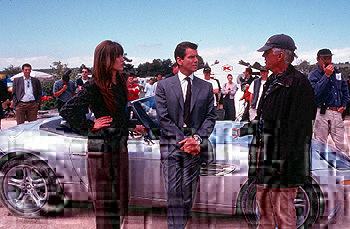 Michael Apted Sophie Marceau, Pierce Brosnan and director  on the set of MGM's The World Is Not Enough - 11/99