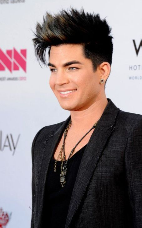 "Adam Lambert Rocks ""Jimmy Kimmel Live"": Watch Now!"