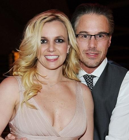 Britney Spears steps out in 'love' shirt amid reports Jason Trawick ended engagement due to 'concerns over her mental health'