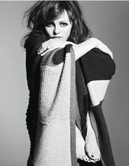 Vanessa Paradis Elle France January 2012