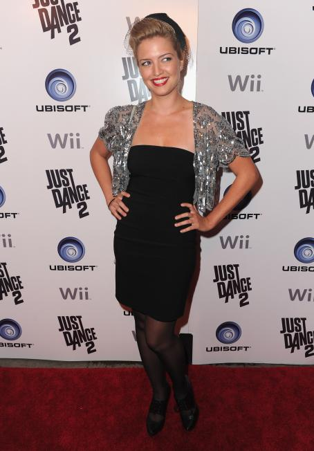 Lauren Storm - Celebration Of The Launch Of Ubisoft's 'Just Dance 2' At Las Palmas On October 19, 2010 In Hollywood, California