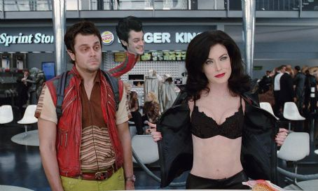 Serleena Johnny Knoxville and Lara Flynn Boyle in Columbia's Men in Black II - 2002
