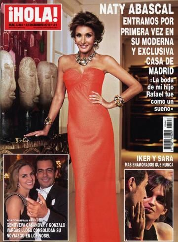 Sara Carbonero - iHOLA! Magazine Cover [Spain] (22 December 2011)