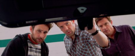 Shower Buddies and Sex Addict Meeting in New Trailer for 'Horrible Bosses 2'