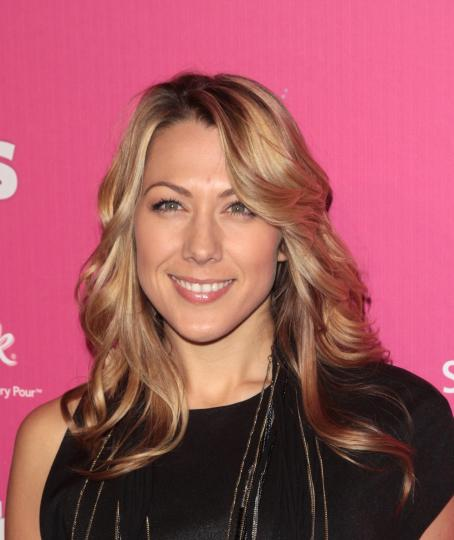 Colbie Caillat - US Weekly's Hot Hollywood Event - 18.11.2010