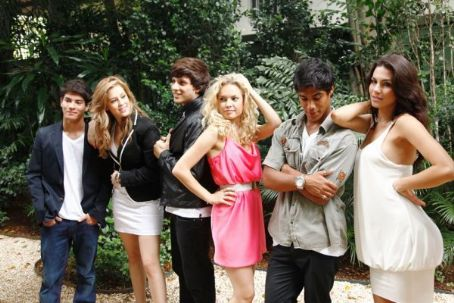 Lua Blanco Rebelde Brazil Cast