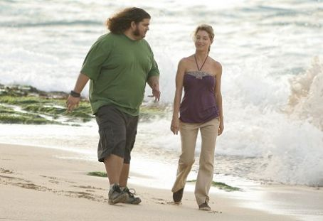 Jorge Garcia as Hurley and Cynthia Watros as Libby on Lost.