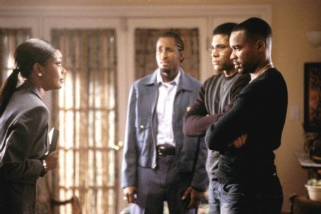 Deliver Us from Eva Gabrielle Union (far left), Dartanyan Edmonds (left), Mel Jackson (right) and Duane Martin (far right) in Focus' Deliver Us From Eva - 2003