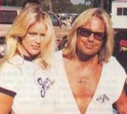 Vince Neil and Heidi Mark