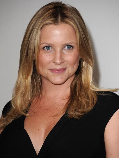 Jessica Capshaw - Disney ABC Television Group's Summer TCA Party At The Beverly Hilton On August 1, 2010 In Beverly Hills, California