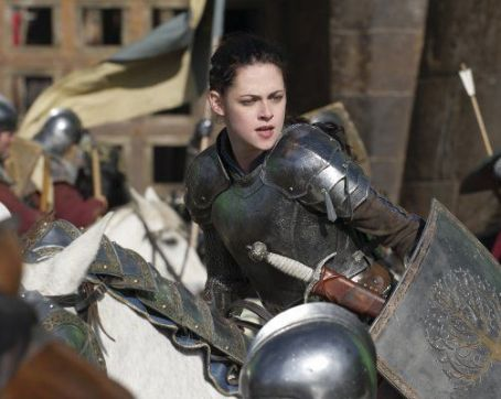 Kristen Stewart - Snow White and the Huntsman