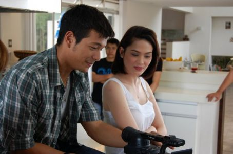 Jericho Rosales and Kristine Hermosa - Echo and Tin