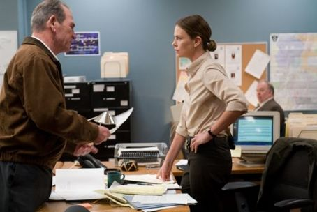 Det. Emily Sanders Tommy Lee Jones as Hank and Charlize Theron as Det. Emily in Warner Independent Pictures' In the Valley of Elah.
