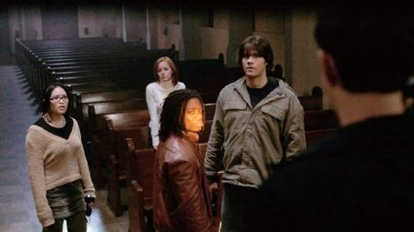 Kristy Wu  (left), Lindy Booth (center left), Paul James (center right) and Jared Padalecki (center right) star in Jeff Wadlow's CRY WOLF, a Rogue Pictures release. Photo by Romeo Tirone.